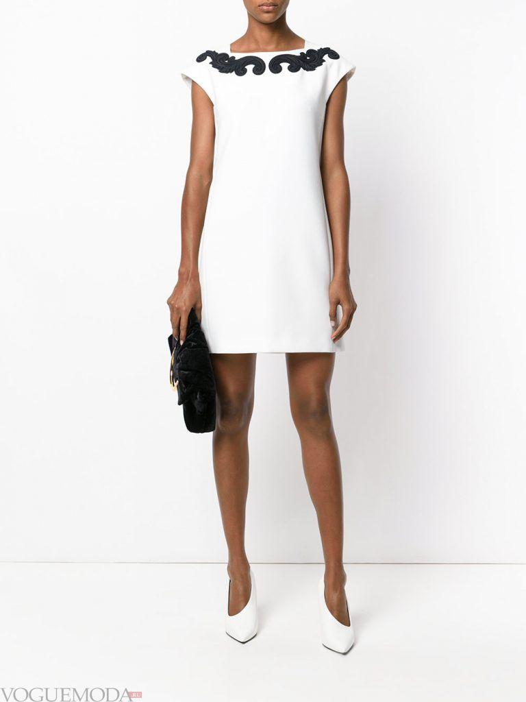 белое вечернее платье с декором