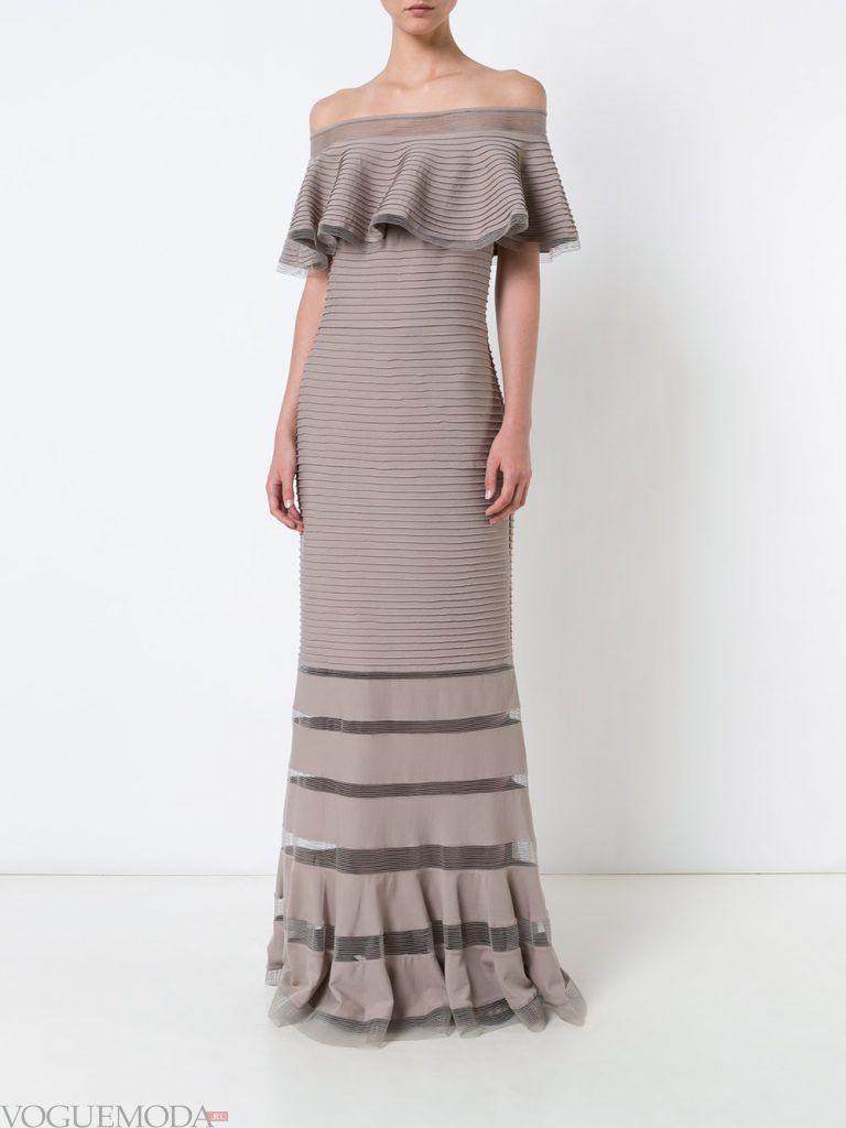 вечернее платье без бретелей нюдовое