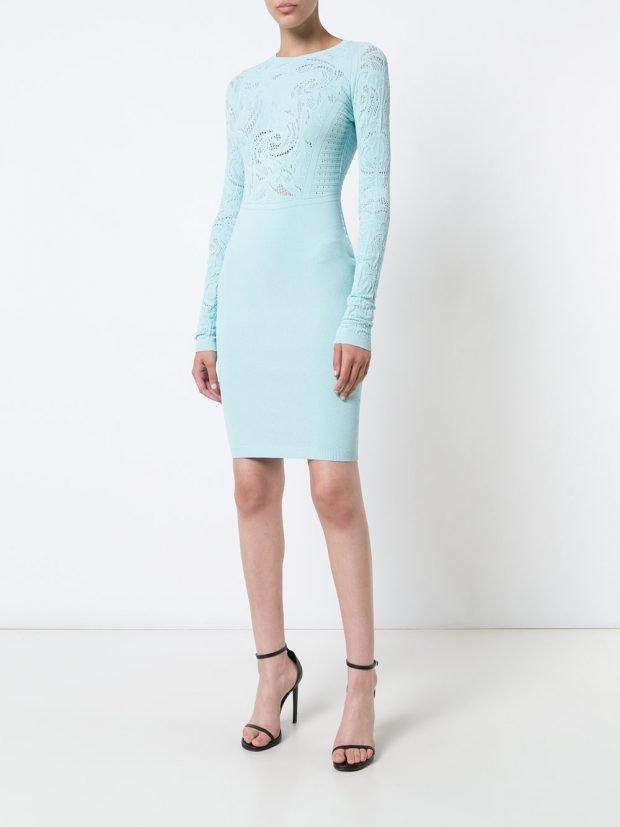 Модные вечерние платья: голубое