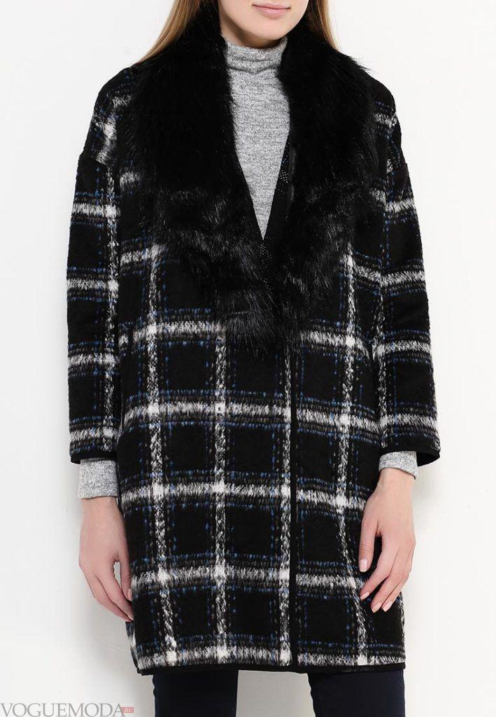 пальто с мехом в клетку