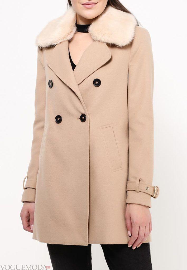 пальто с мехом розовое