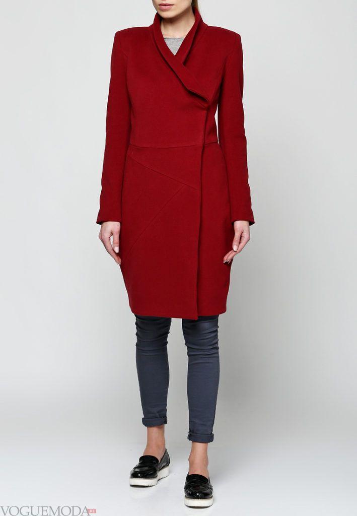 длинное пальто бордо