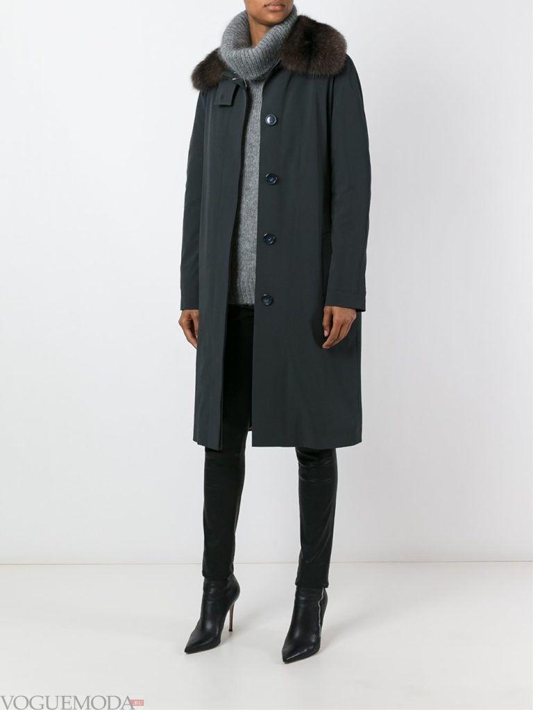пальто с мехом темное