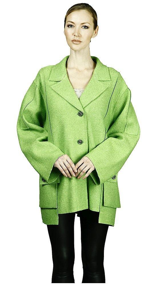 модное пальто салатовое