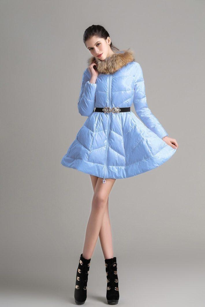 пуховик платье голубой