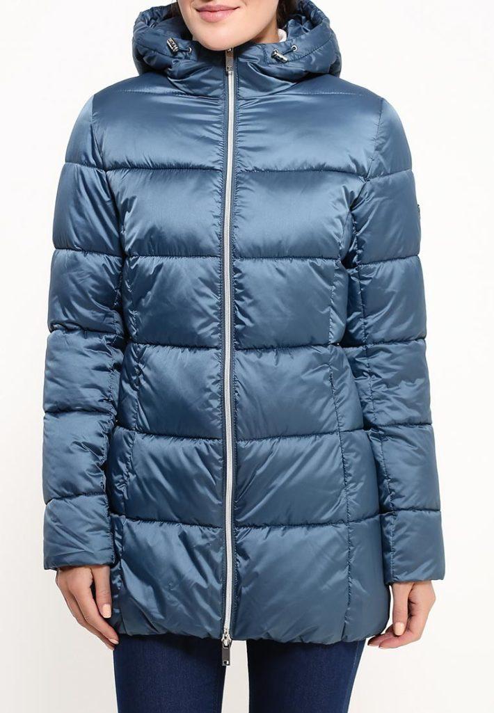 Модные пуховики осень зима: синий
