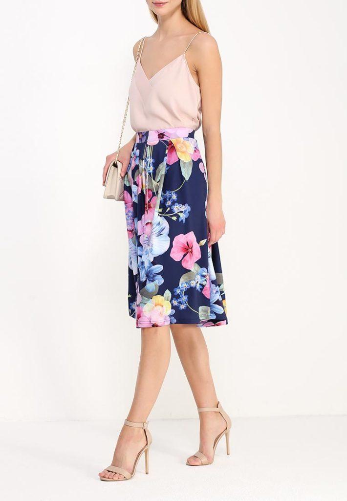 модная юбка в цветок