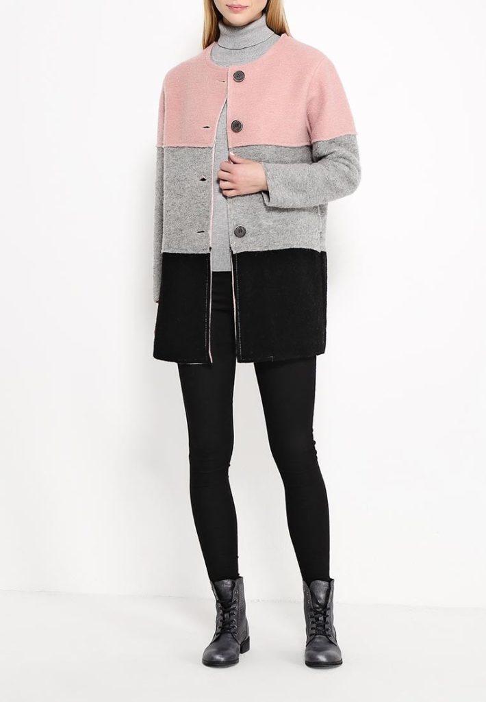 модное пальто разноцветное