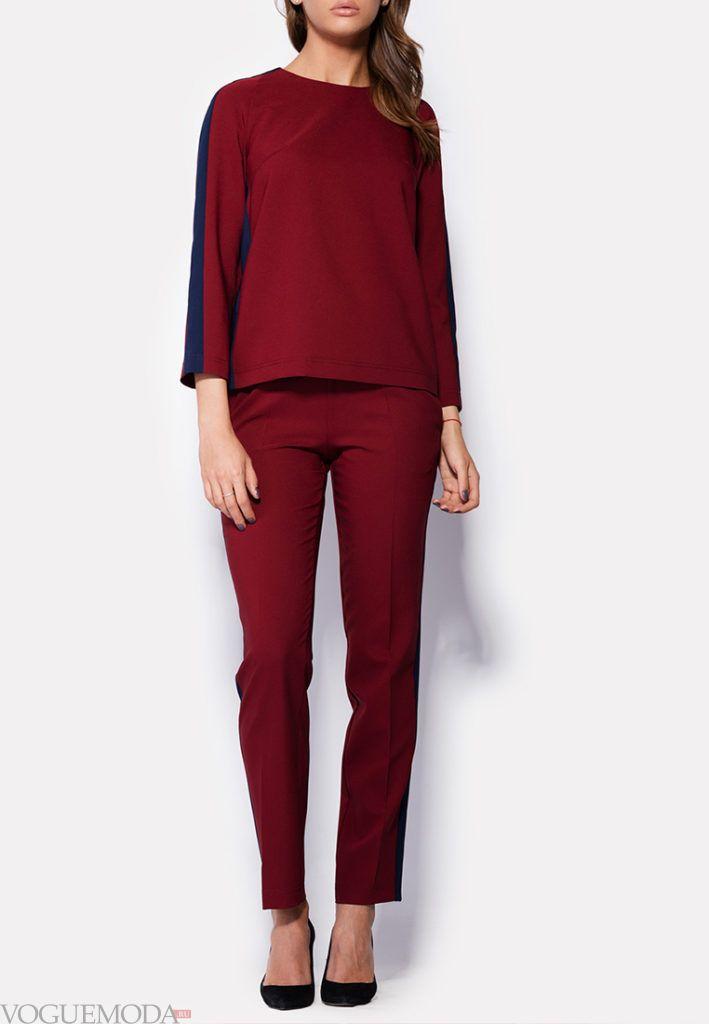 модная блуза бордо