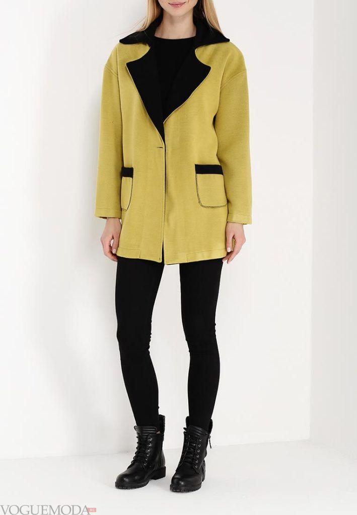 модное пальто с отворотами