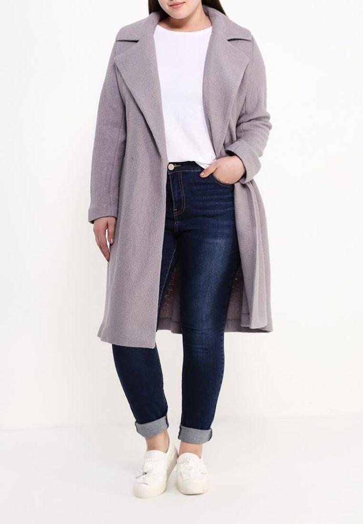 модное пальто светлое
