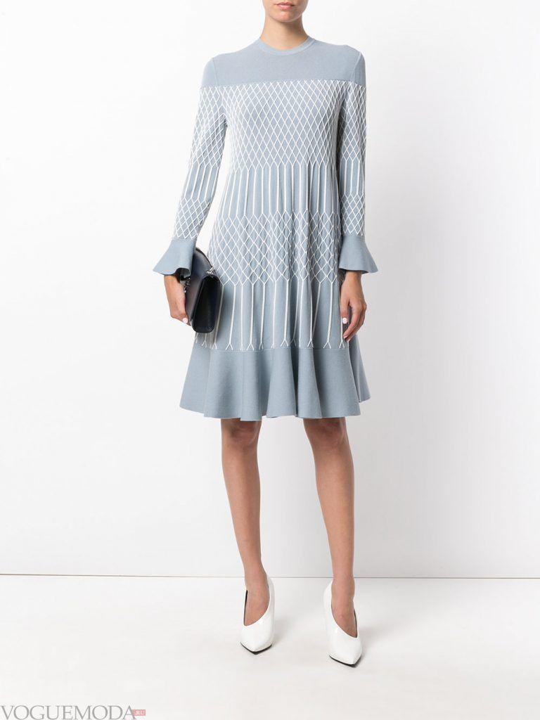 платье осень зима голубое
