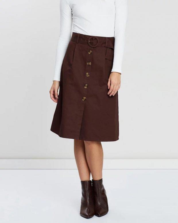 юбки осень зима 2019 2020 года: шоколадная на пуговицах