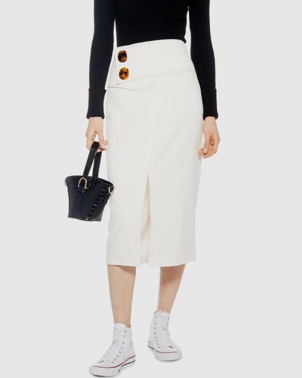 юбки осень зима 2019 2020 года: белая ниже колена на больших пуговицах