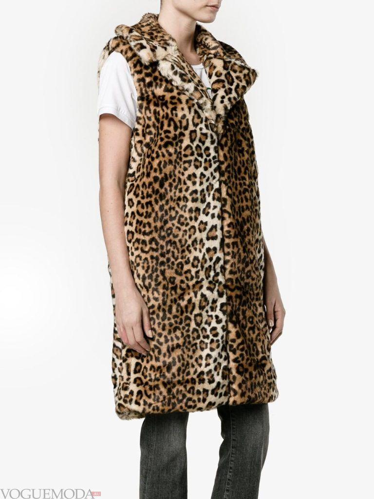 модные шубы: меховая жилетка леопардовая