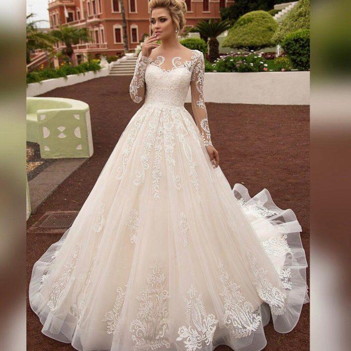 7be647d3e13bda4 Самые красивые свадебные платья 2019 2020: модные тенденции, 211 фото