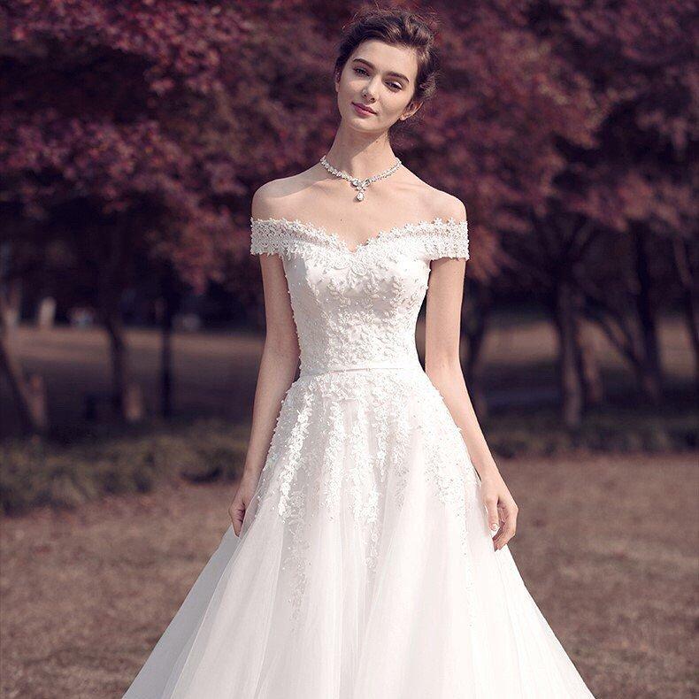 свадебное платье голые плечи