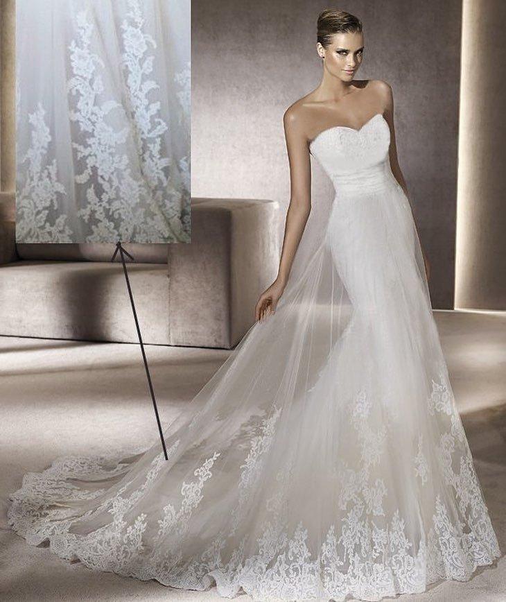 свадебное платье бюстье с фатином