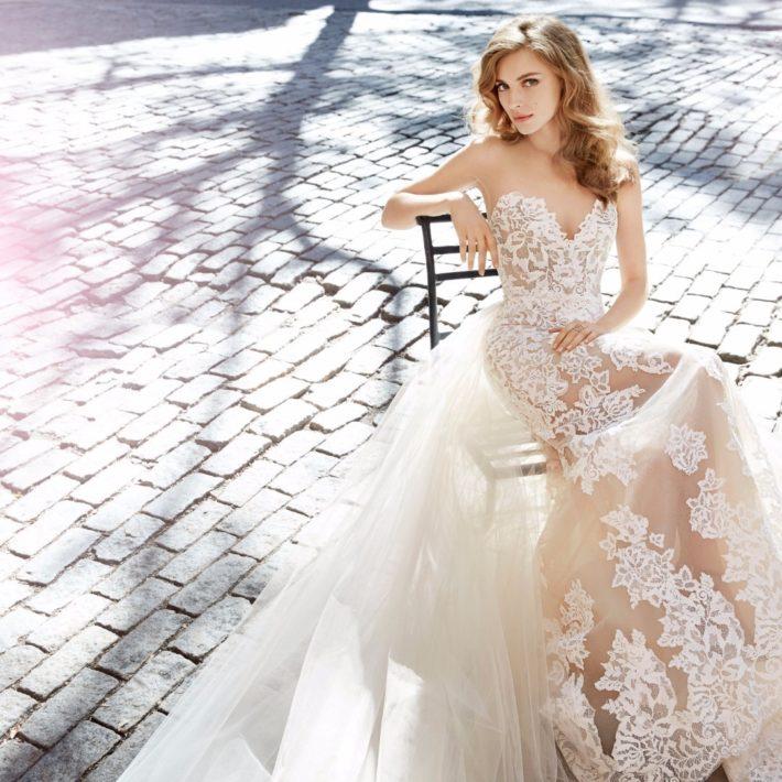 свадебные платья: бюстье с кружевами