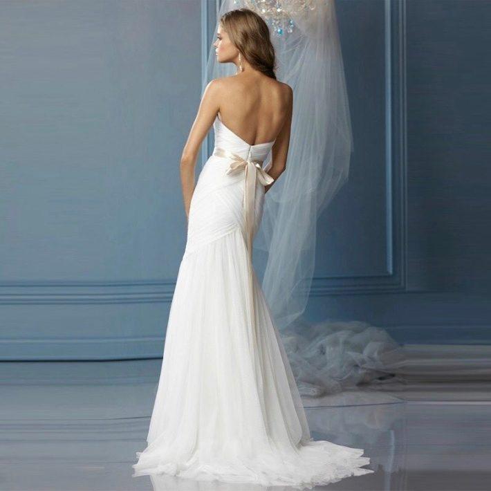 свадебные платья: со шлейфом прямое