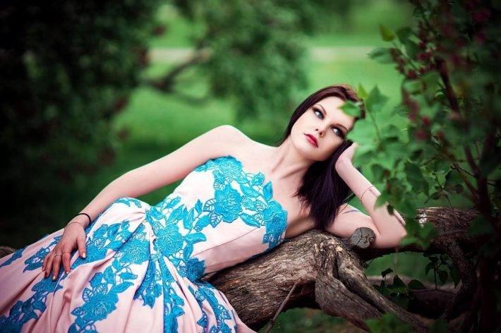 свадебное платье синее