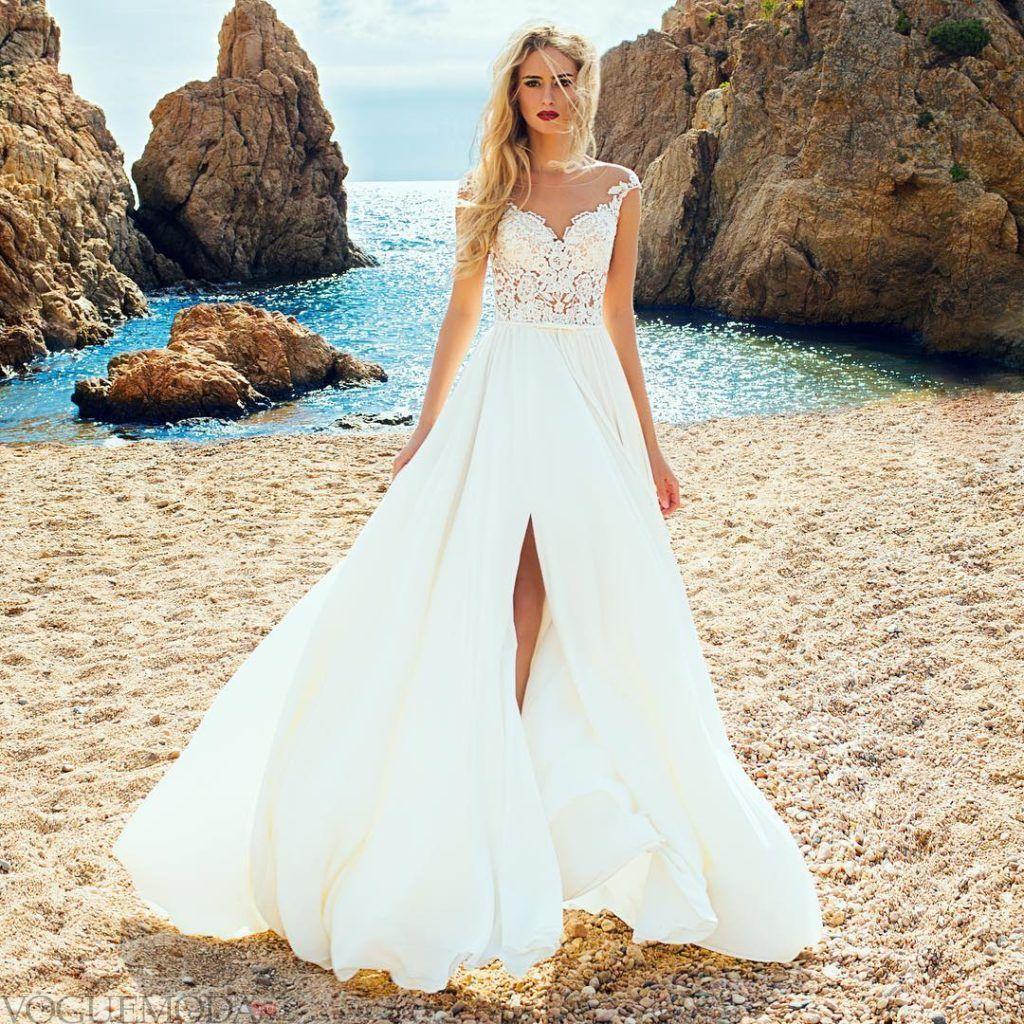 свадебное платье с вставкой