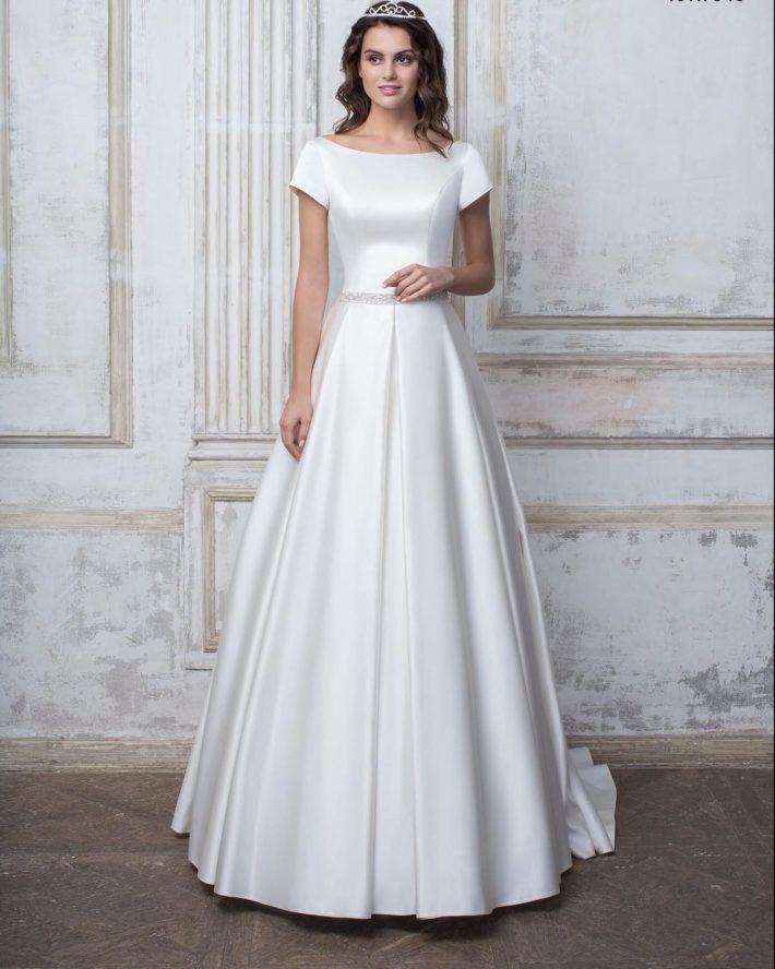 свадебные платья: атласное