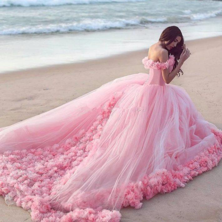 свадебные платья: с цветами