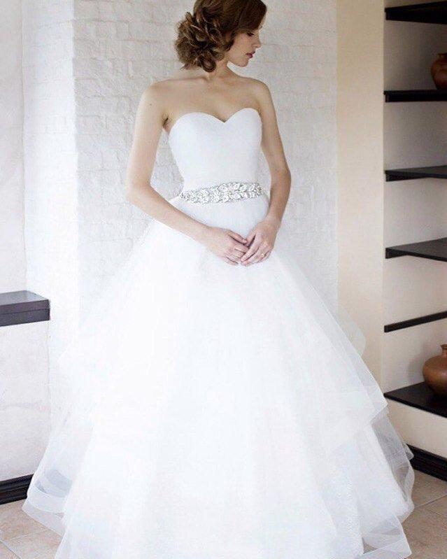 свадебные платья: со стразами