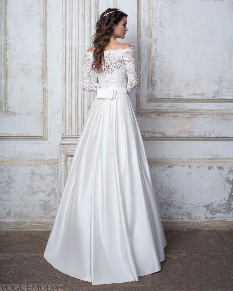тенденции свадебных платьев: с бантом голубое
