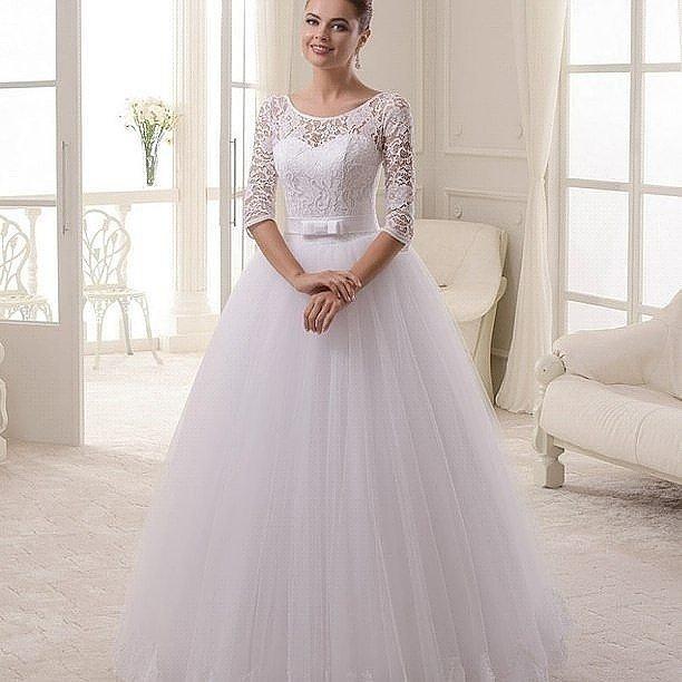 свадебное платье белое с бантом