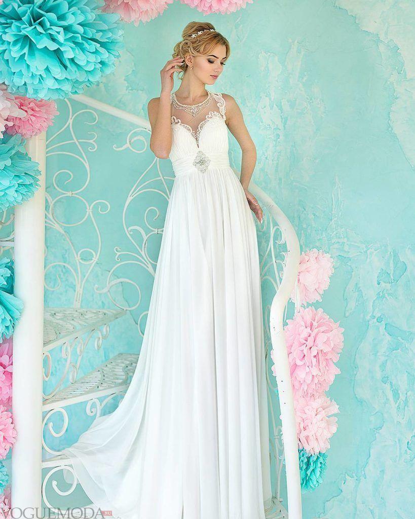 свадебное платье в греческом стиле с украшением