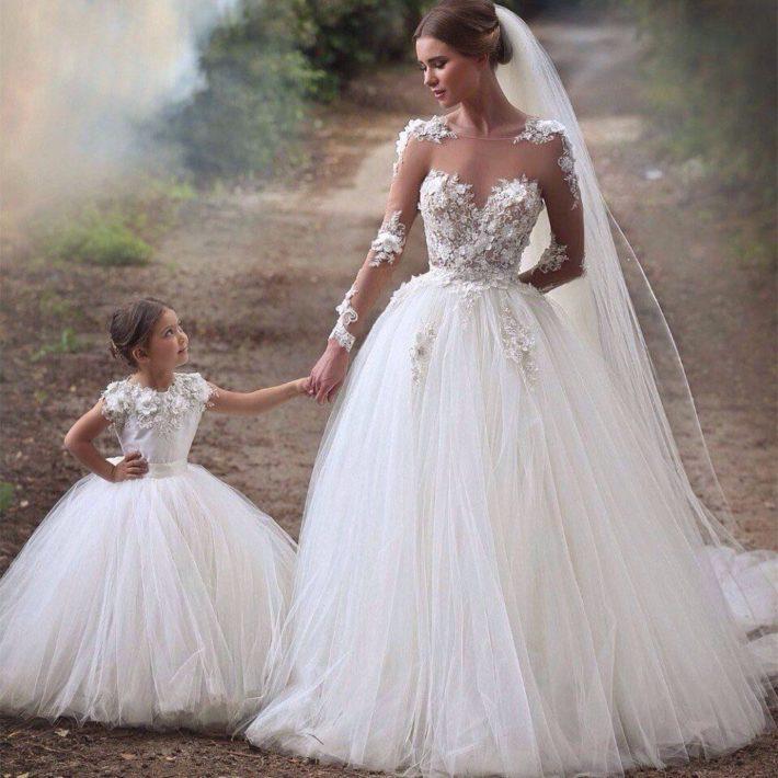 пышное свадебное с цветами