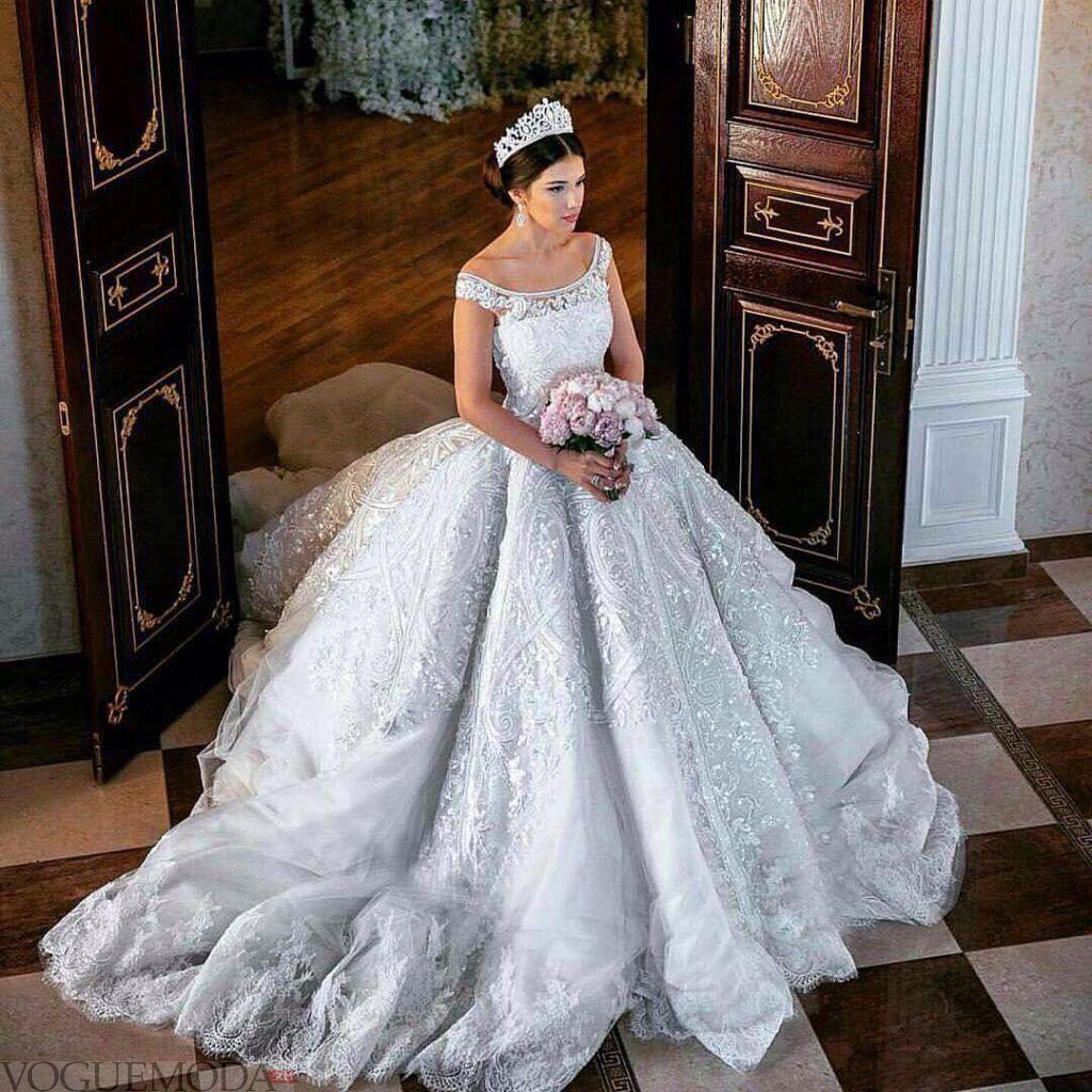 фото свадебных платьев: принцесса голубое