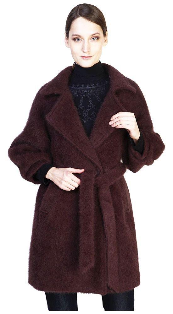 Тренды осень зима: пальто бордо