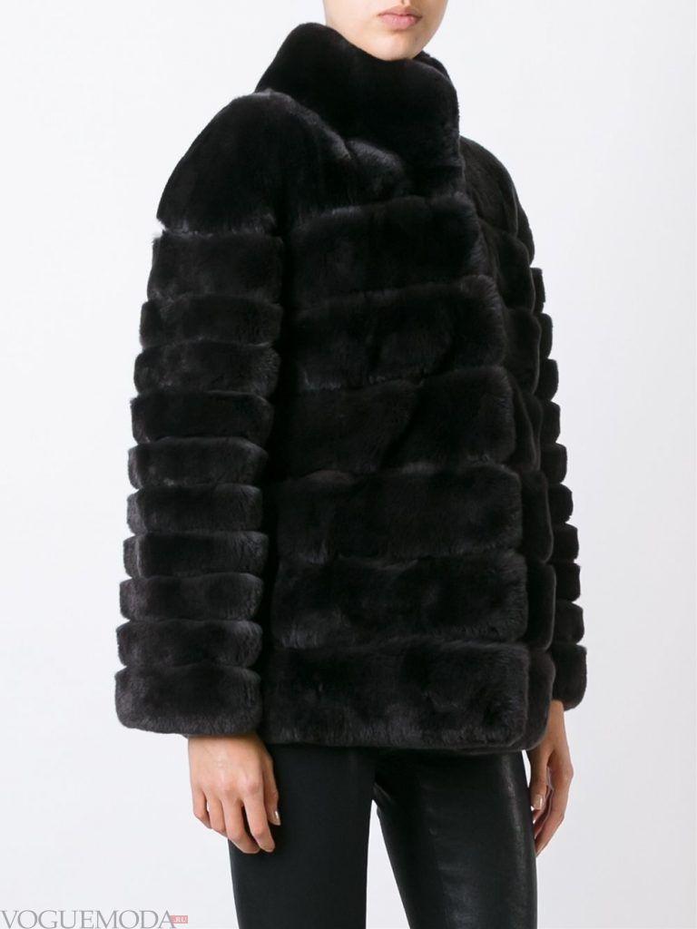 Верхняя одежда осень зима 2019 2020: модная шуба черная