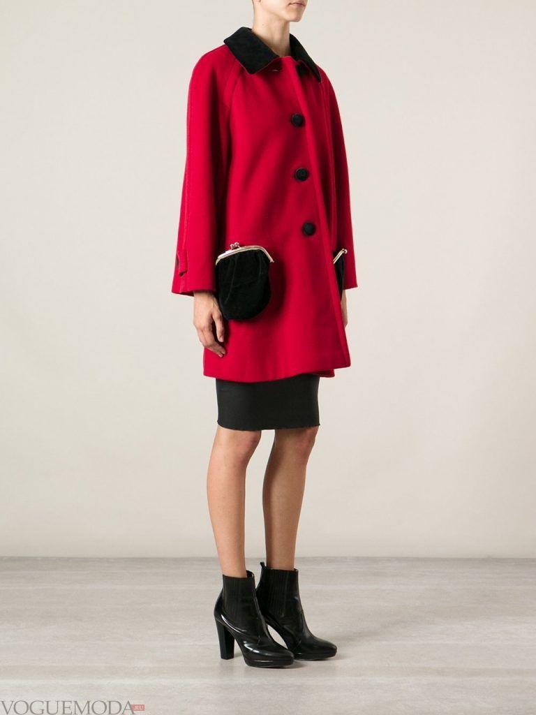 модное пальто красное