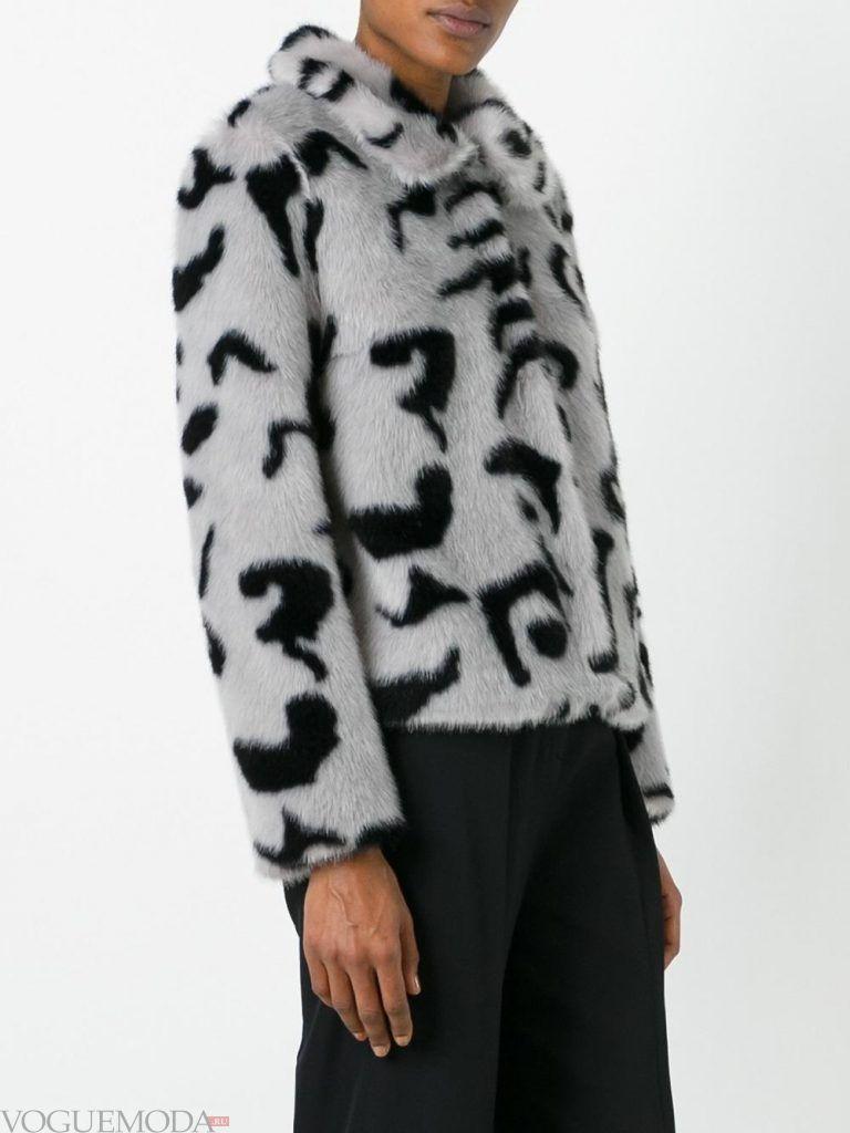 Верхняя одежда осень зима 2019 2020: модная шуба серая