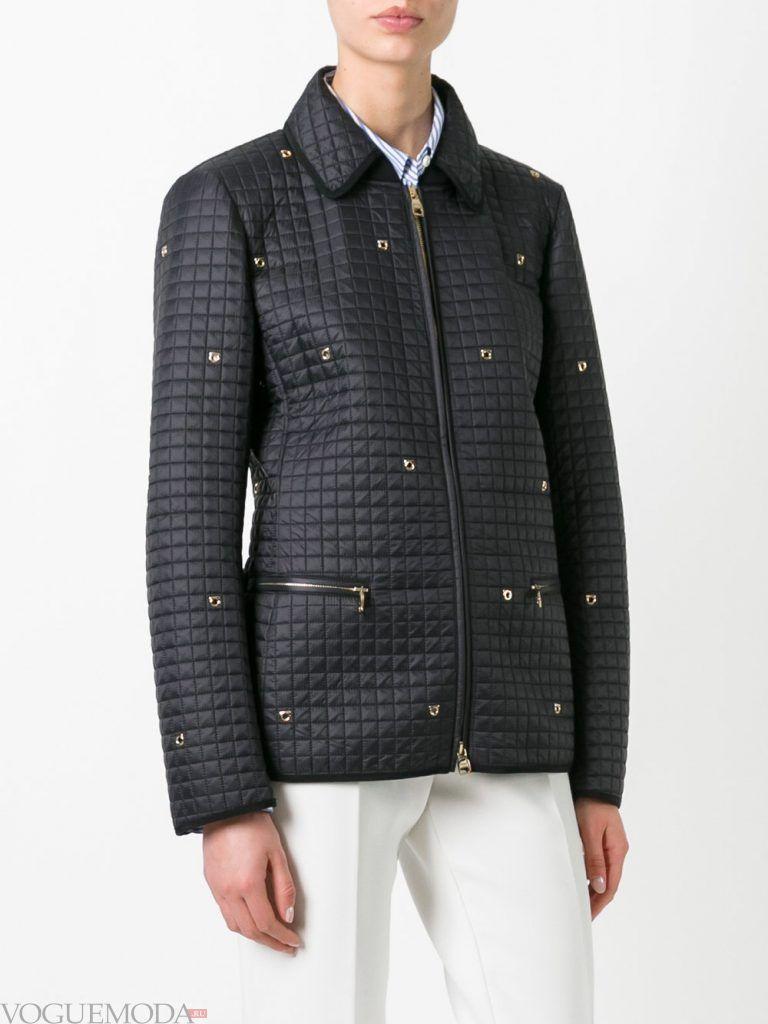 модная стеганая куртка с декором