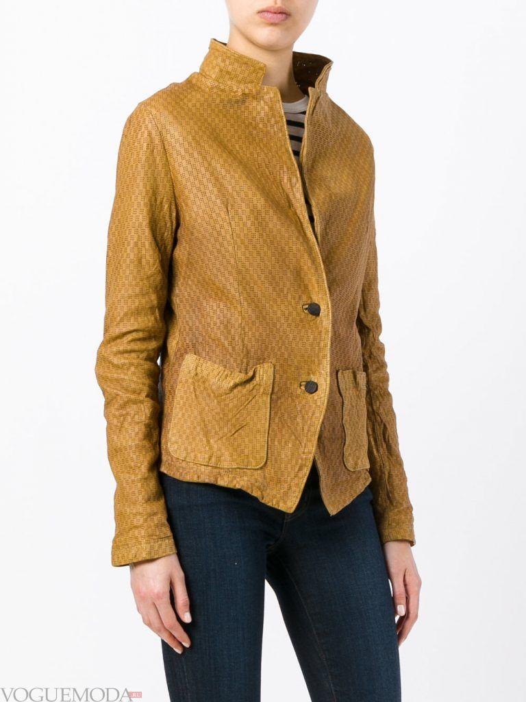 модная кожаная куртка желтая