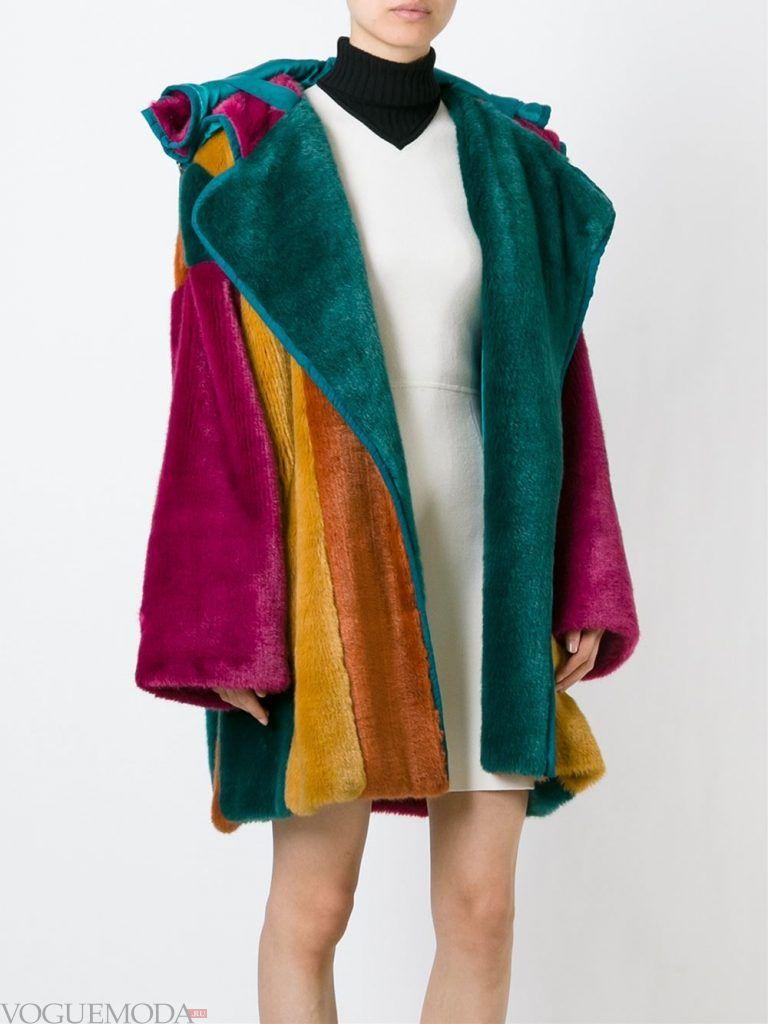Верхняя одежда осень зима 2019 2020: модная шуба разноцветная