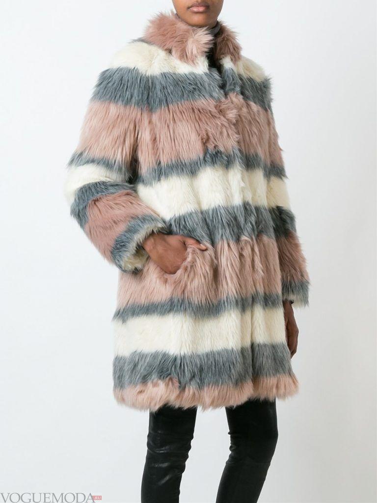 Верхняя одежда осень зима 2019 2020: модная шуба в полоску