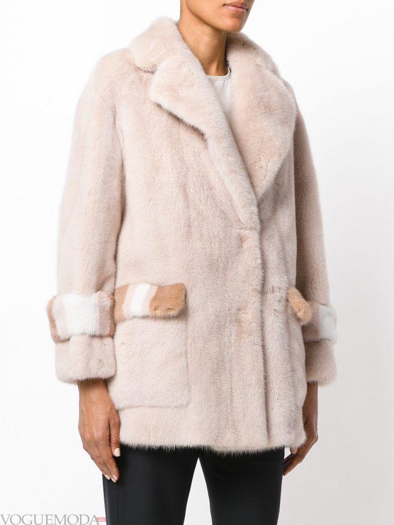 Верхняя одежда осень зима 2019 2020: модная шуба светлая