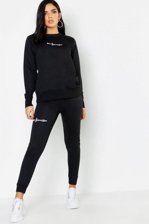 Женские брюки осень зима 2019 2020: черные с надписью