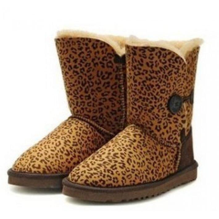 зимние угги леопард