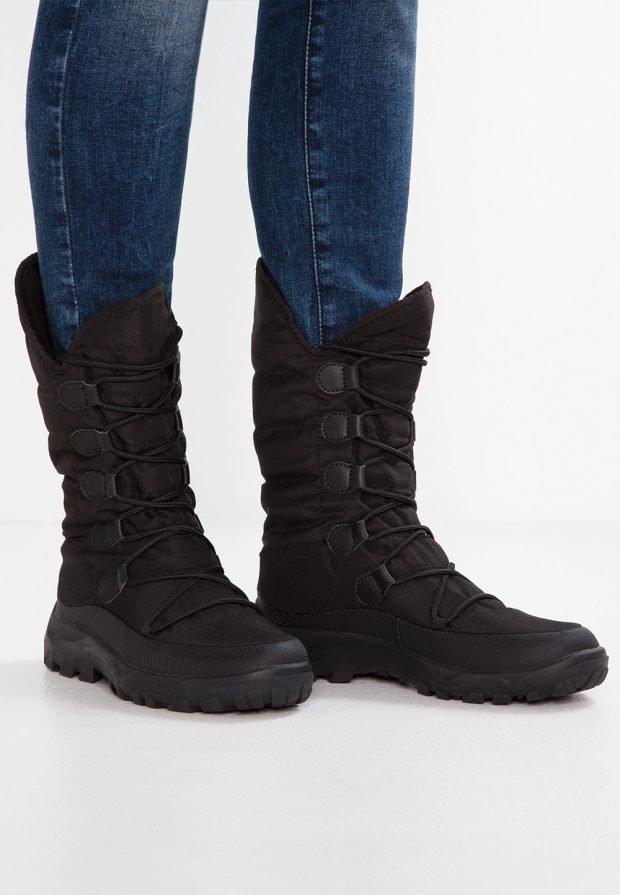 черные теплые высокие зимние ботинки
