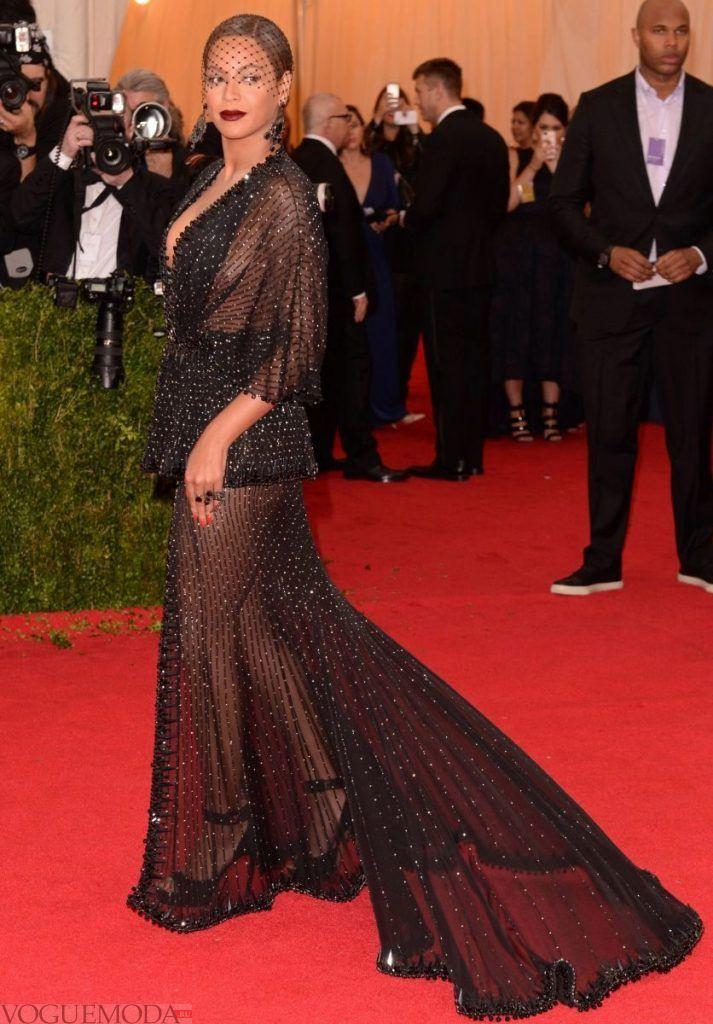 голое платье из прозрачных тканей черное