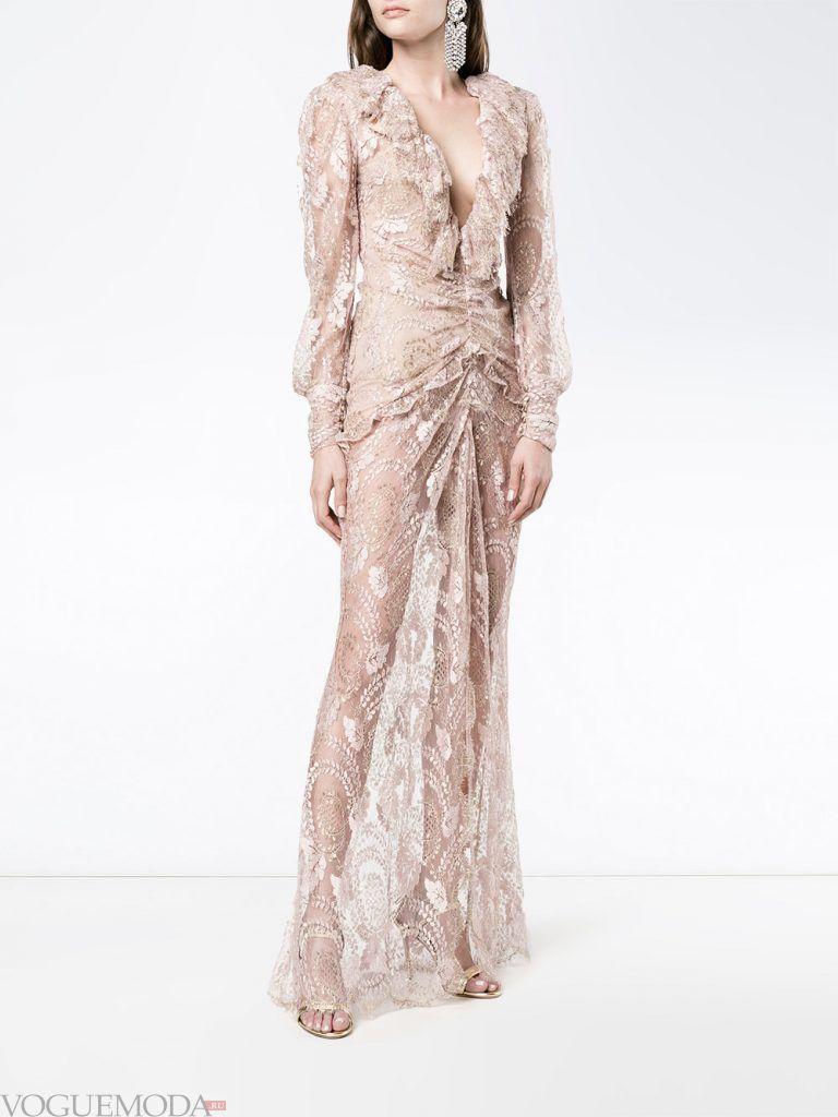 голое платье из кружева с рюшами