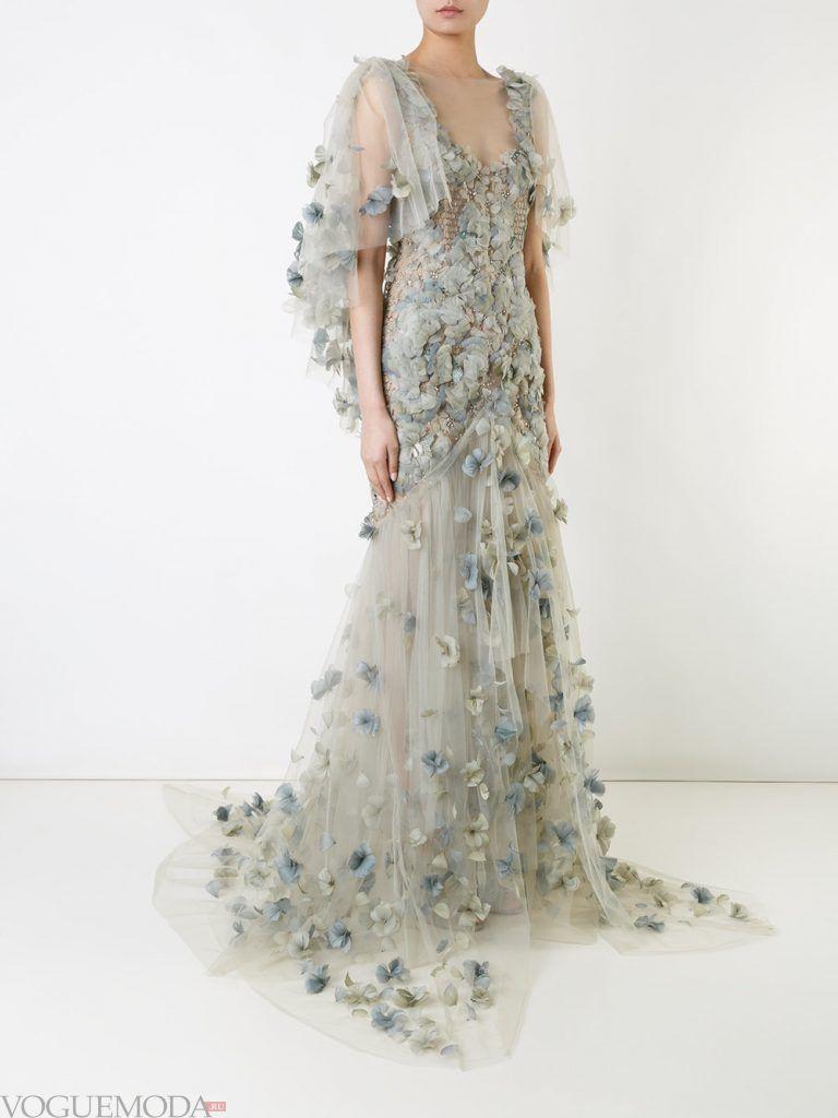 голое платье с цветами длинное