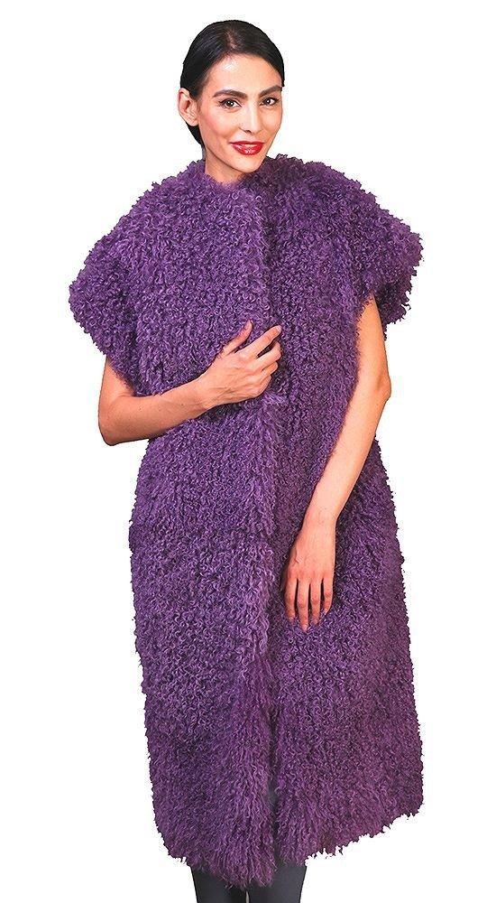 меховой жилет фиолетовый